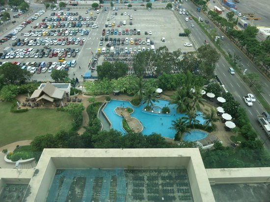 View Of The Pool And An Open Parking Area Picture Of Radisson Blu Cebu Cebu City Tripadvisor