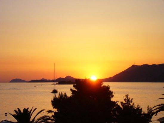 Remisens Hotel Albatros: coucher de soleil depuis notre chambte