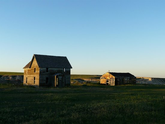 High Plains Homestead: View at dusk