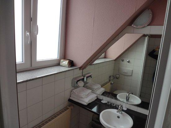 Columbus Hotel - Banheiro