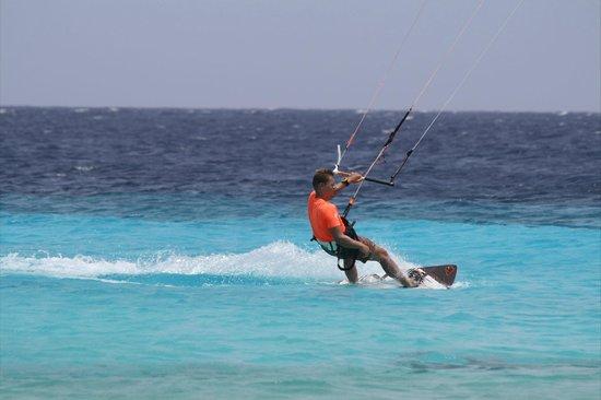 Bonaire Kiteschool : Thats the way to go (like Lars)