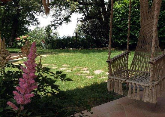 Agriturismo Borgo Nuovo di Mulinelli: Giardino