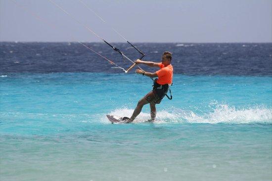 Bonaire Kiteschool : Lars in Action
