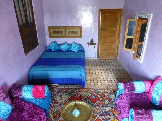 Dar Naima: zhar room
