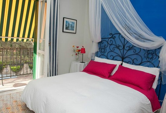 Bed and Breakfast Massico: Camera Blu