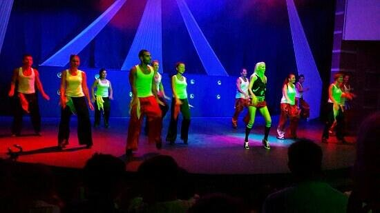 Club Mega Saray: атриум