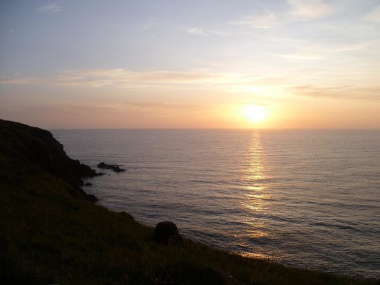 The Shed Fish & Chip Bistro: View from the cliff top at Porthgain