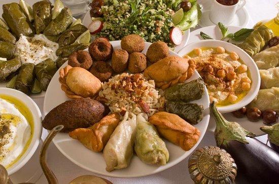 La Taberna Libanesa: Mezza