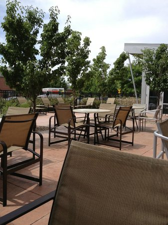 Cambria hotel & suites: Patio was nice if you ignored the cigarette butts on the ground.