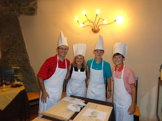 Time Around Tuscany : At the cooking class at Ristorante Ambrosia