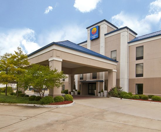Come Stay at the Comfort Inn-Pearl!