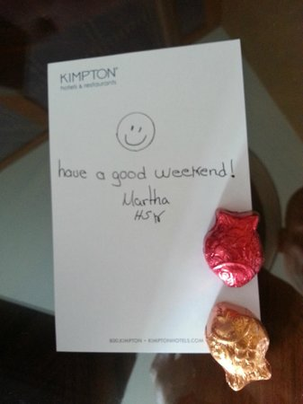 Kimpton RiverPlace Hotel: Nice note and choc. from housekeeping