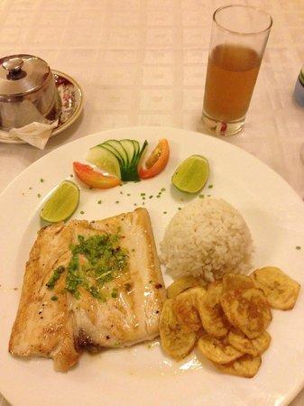 Hotel Florida: cena. Pescado al la plancha, buenisimo