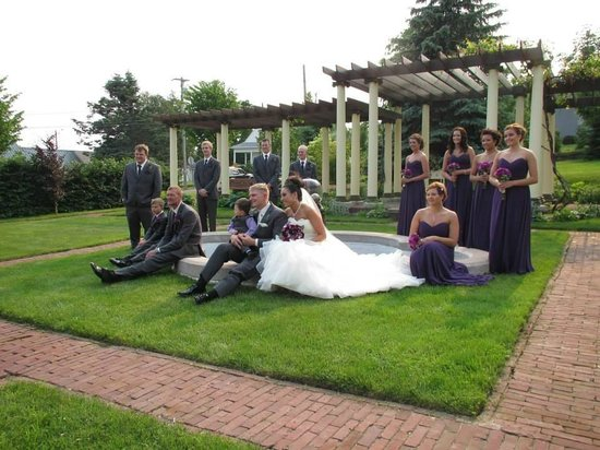 Landmark Restaurant at Old Rittenhouse Inn: Olson-Talford Wedding Pictures at Le Chateau Boutin 06-29-13