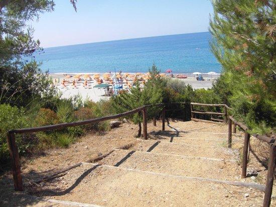 Villaggio Camping Porticello: Discesa spiaggia