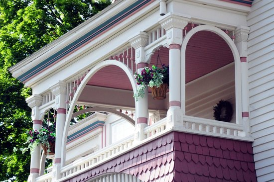 The Grand Victorian B&B: balcony