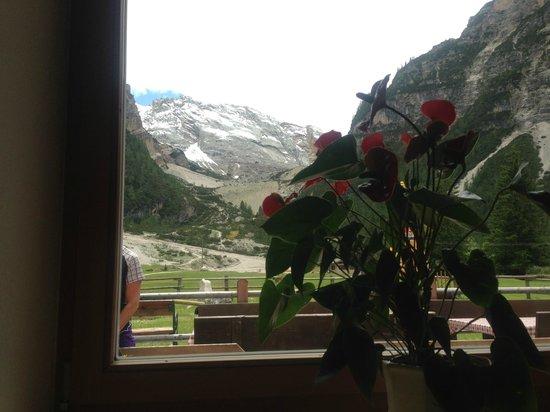 Albergo e Rifugio Pederu: paesaggio esterno