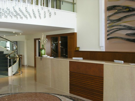 BEST WESTERN Plaza Hotel : reception