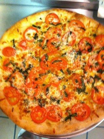 Mario's Pizzeria: Caprese Pizza