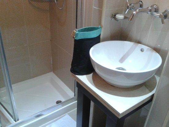 Shaftesbury Metropolis London Hyde Park: lavabo ou plutot lave mains