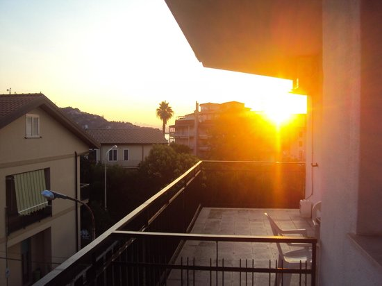 Pensione Villa Sant'Antonio: Sunrise from the balcony