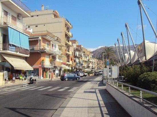 Pensione Villa Sant'Antonio: Promenade