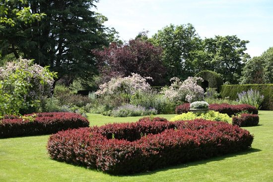 Malleny Garden: Garden beds
