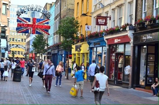 Photo Tours In London: Carnaby street.