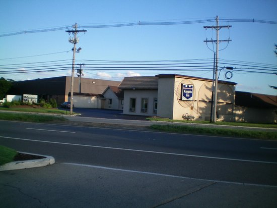 Knights Inn Pine Brook: Located on U.S. Hwy. 46