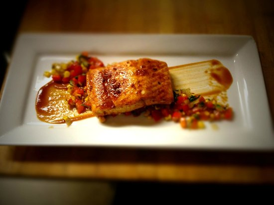 The Rookery Cafe: BBQ king salmon