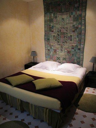 Maison Sainte Barbe : camera piano terra