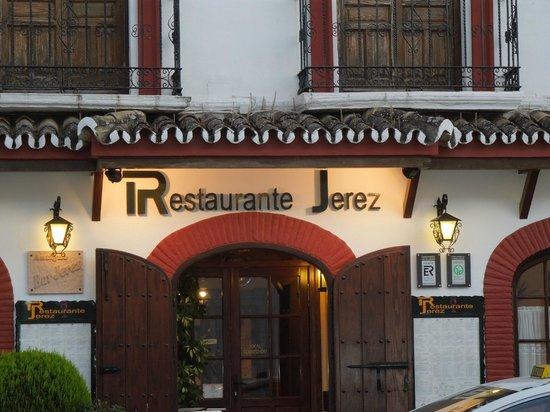 Jerez: Outside