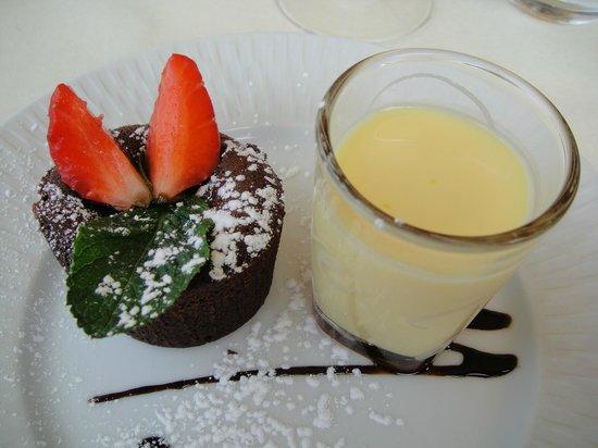 Entre Terre et Mer : Ah le moelleux au chocolat, délicieux!!!