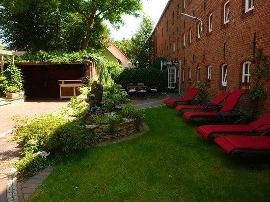 Romantik Hotel Reichshof: Garten
