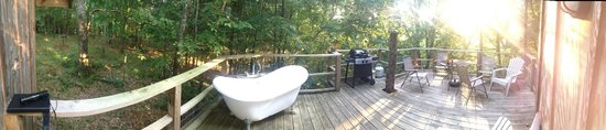 Shady River Getaway: Back deck panoramic of Wit's End