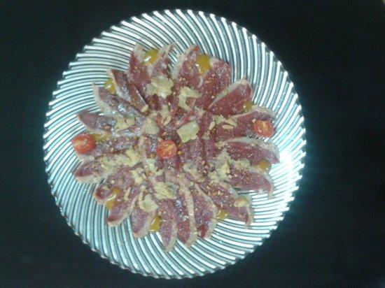 Di Vinos Wine Bar & Restaurant: carpacio de pato