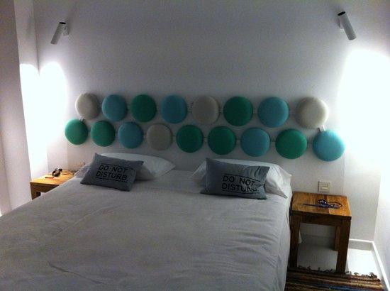 Santos Ibiza Suites: Dormitorio de noche