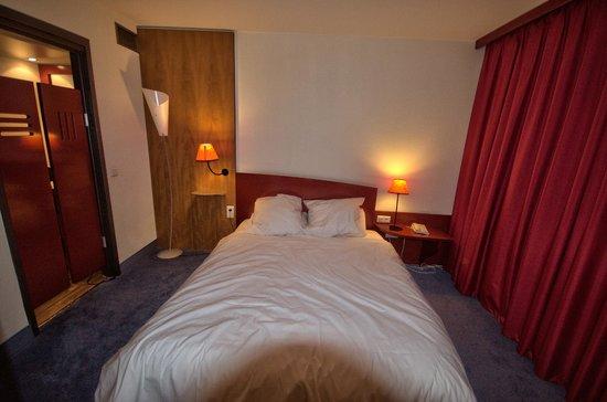Novotel Suites Montpellier : chambre