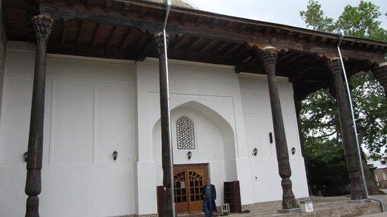 Shakhrisabz, Usbekistan: L'ingresso alla moschea