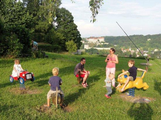 Landhotel Reisingers Bayerische Alm: Schöner, sicherer, riesiger Kinderspielplatz