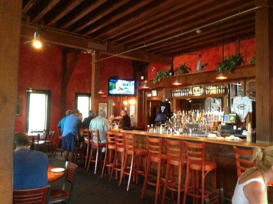Donovan's Reef: Inside Restaurant & Bar