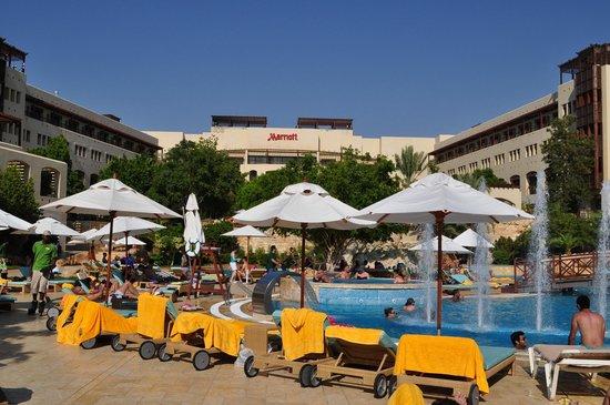 Jordan Valley Marriott Resort & Spa: One of the kids pool