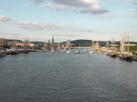 L'armada : Vue du pont Flaubert