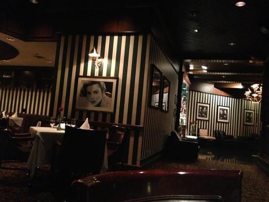 Bally's Steakhouse: inside