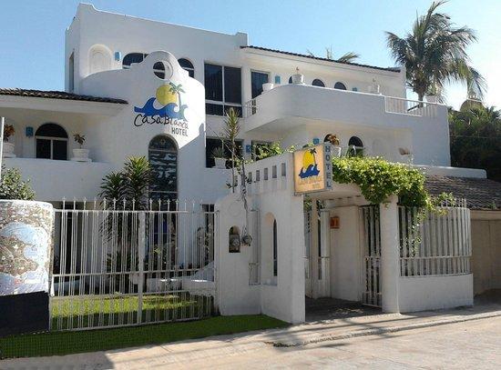 Hotel Casa Blanca Zhuatanejo : Fachada