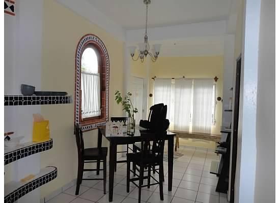 Posada Colonial: Kitchen (facing front door)