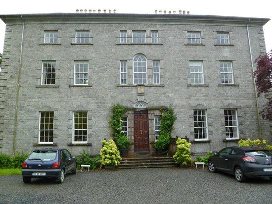 Coopershill House: Front door
