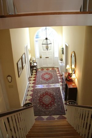 "Ascot House Bed and Breakfast: ""Butterfly"" staircase"