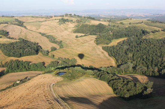 Ballooning in Tuscany: spectacular