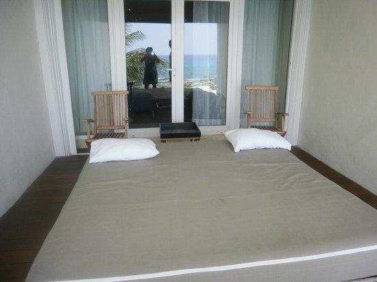 Hotel Secreto: Bed on the deck - July 2011